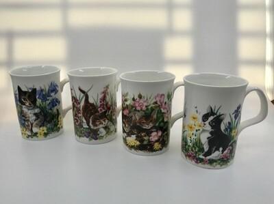 Set of 4 Bone China Cat Mugs