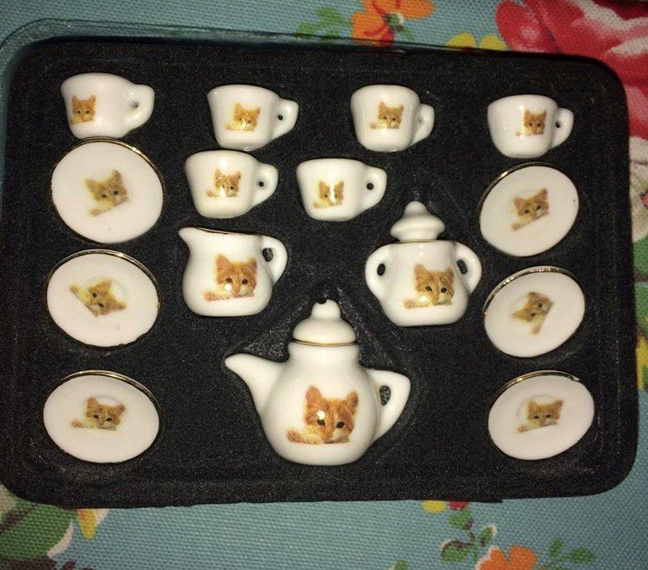 Miniature Cat Tea Set