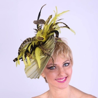 Feather Twist Fascinator