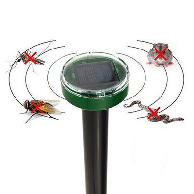 Solar Powered Sonic Pest Repeller Repels Gopher/Mole/Rodent/Snakes/Mosquitoes/Flies