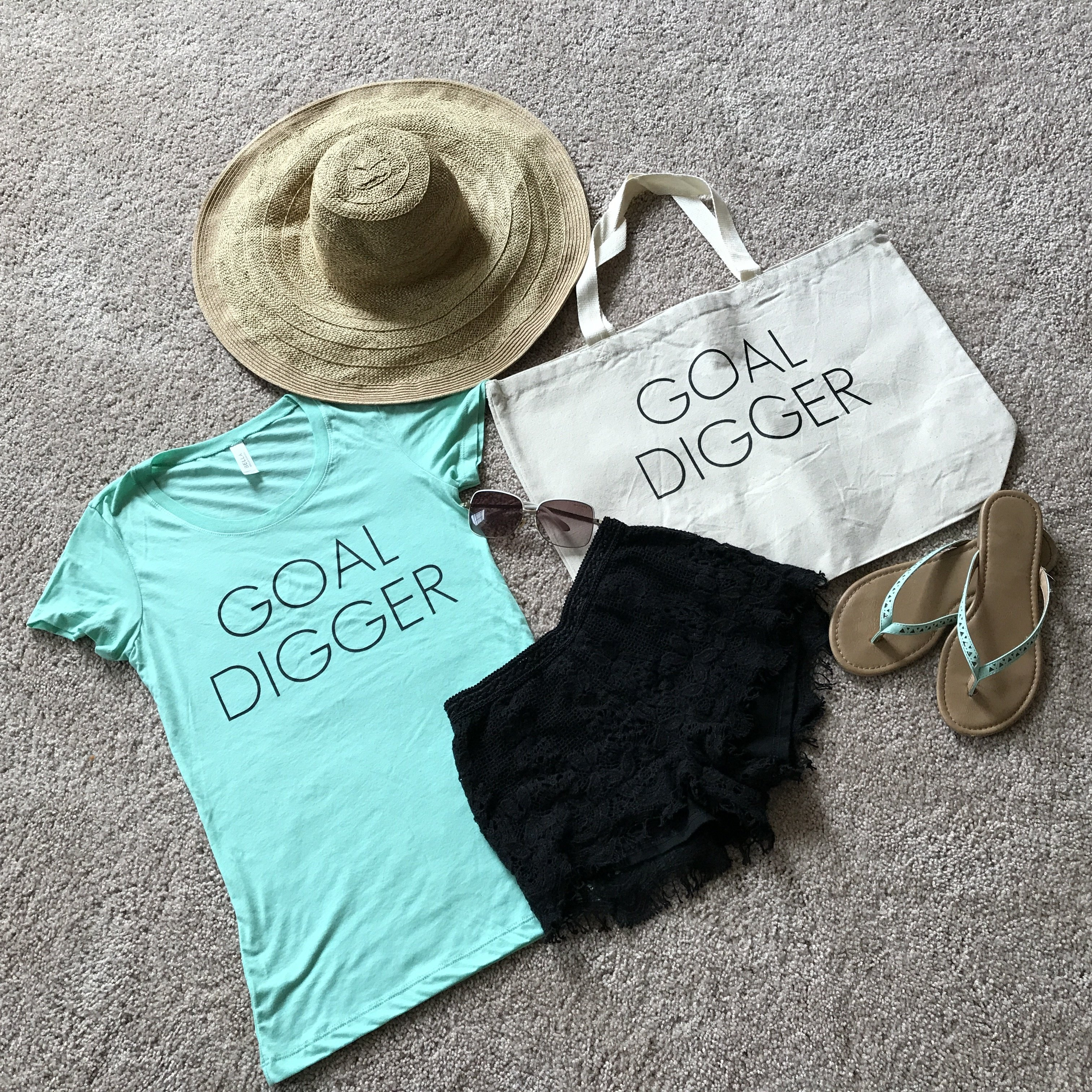 Goal Digger Top in Mint