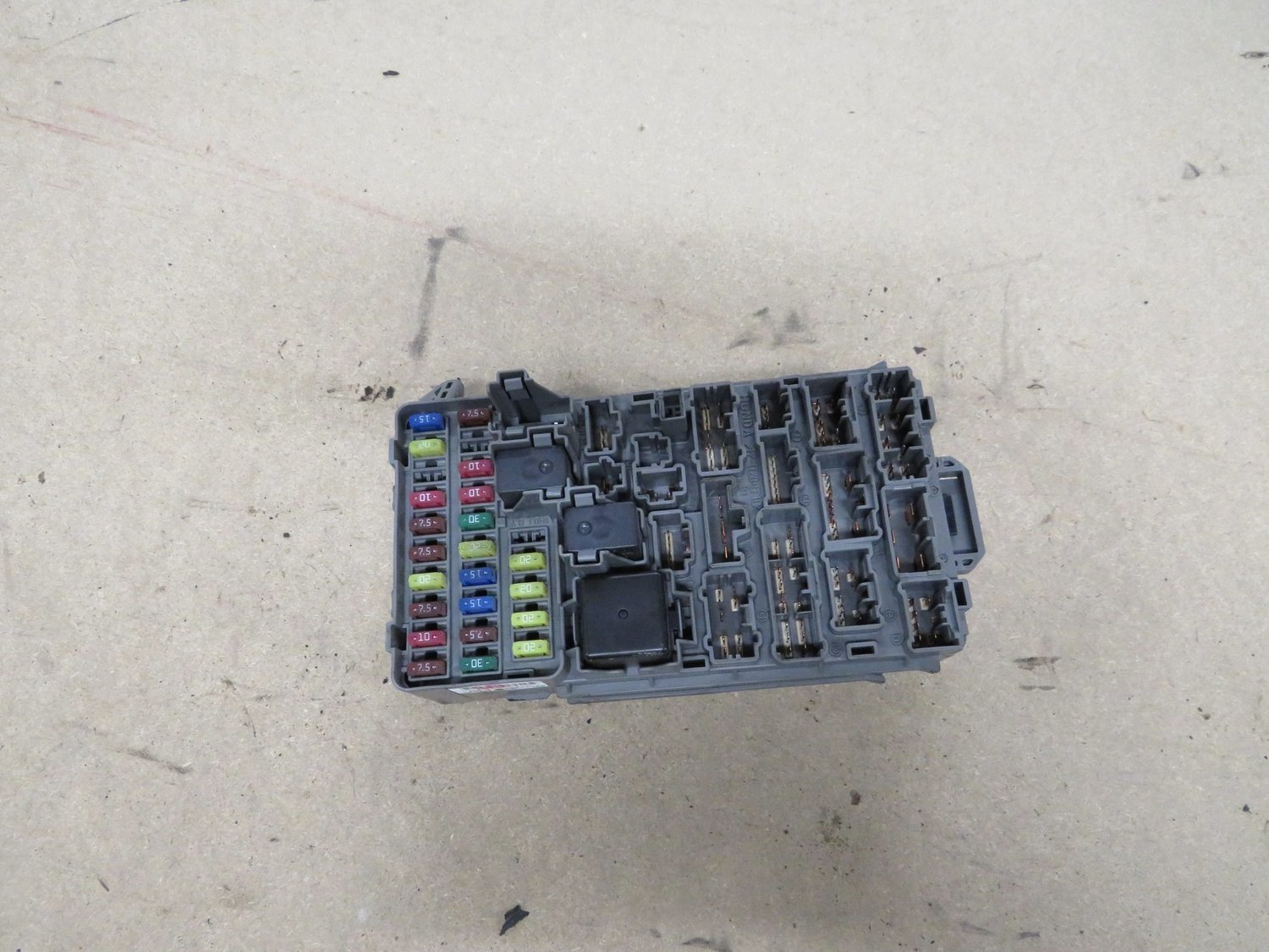 hight resolution of honda ep3 civic type r dash main fuse box with all fuses and relays honda civic ep3 fuse box location honda ep3 fuse box
