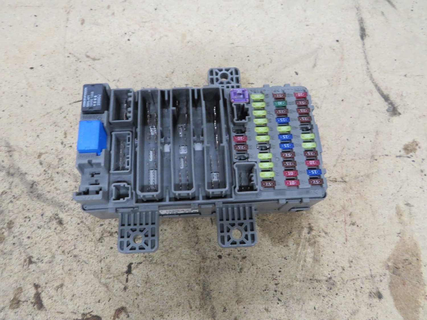 hight resolution of honda civic type r fn2 main interior dash fuse box complete with fuses and relays