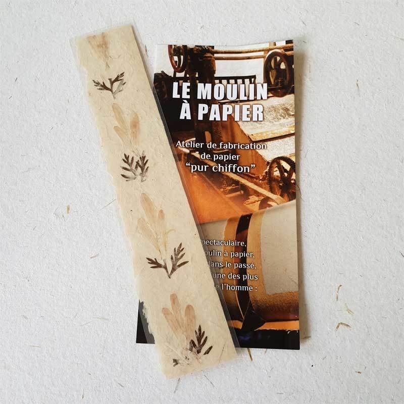 Signet inclusion fleure | Papier Pur Chiffon | Moulin à Papier Artisanal de Sainte-Suzanne