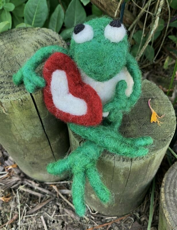 Needle Felted Kermit Frog