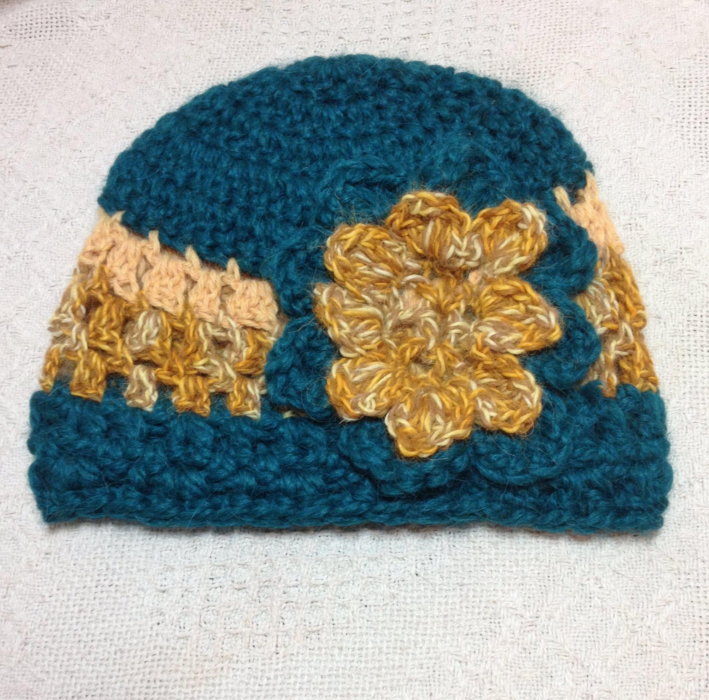Alpaca Hat - Green, Gold, with Flower 17795