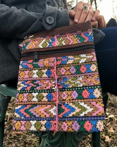 Handwoven Shoulder Bag 18101