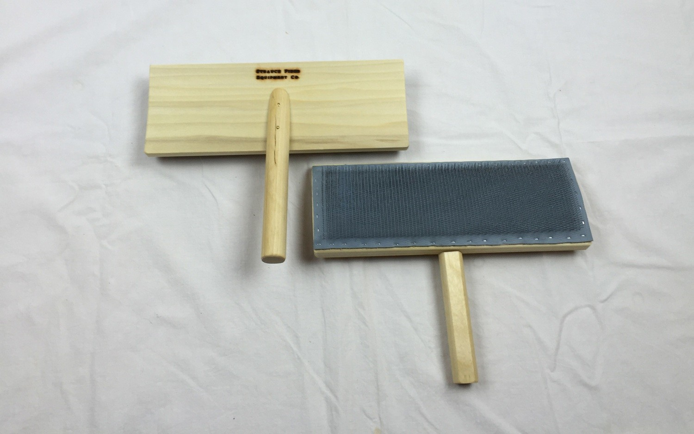 10-inch Cotton/Fur Hand Card