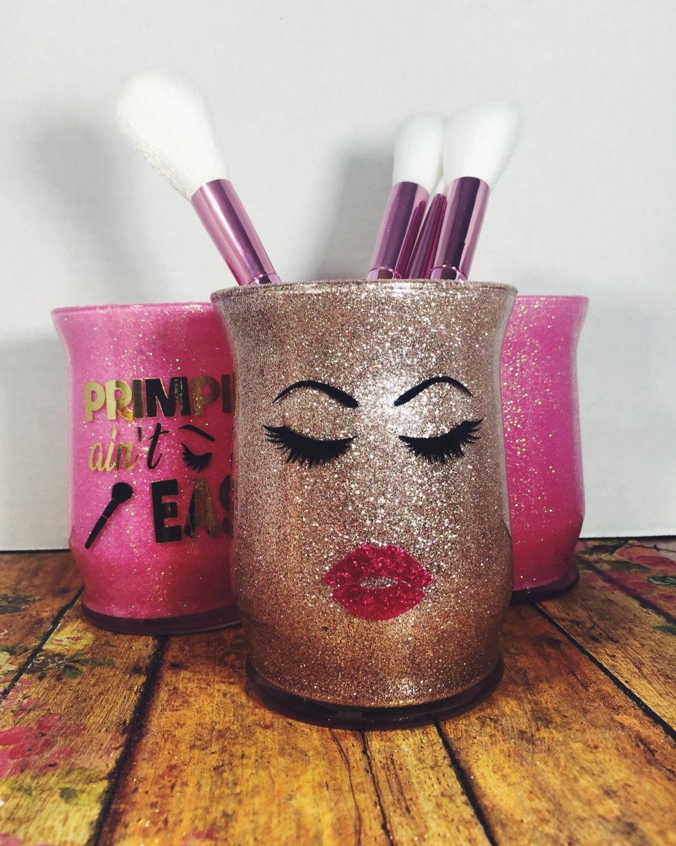 Give them Face - Makeup Brush Holder 00018