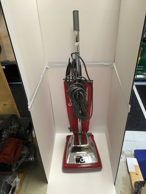 Vacuum Cleaner New Sanitaire 12