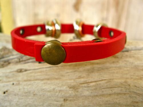 Handy popper fastening on this Indalo charm bracelet