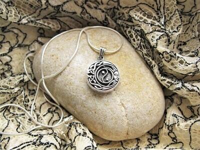 Celtic Yin Yang Friendship necklace