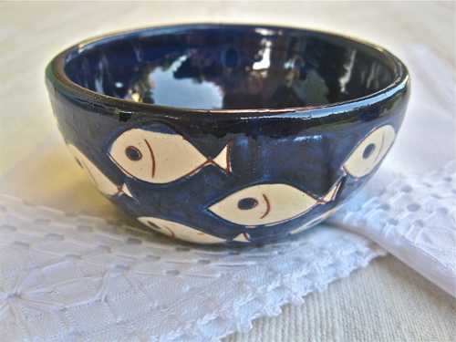 Spanish ceramic bowl ~ pez
