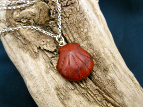Camino journey necklace ~ red jasper scallop shell 01012