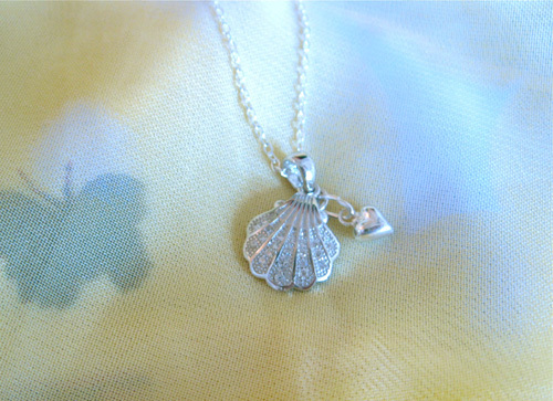 Camino scallop shell + heart necklace ~ silver + zirconita 01171
