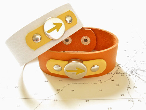 25mm wide leather bracelets featuring the Way of St James Arrow symbol