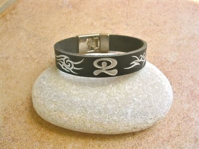 Leather Indalo bracelet ~ dancing