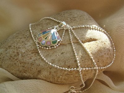 Compostela shell necklace ~ silver + mother-of-pearl