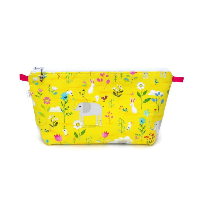 Lucky Elephants & Friends - Regular Wedge Bag LuckyElephants-00016