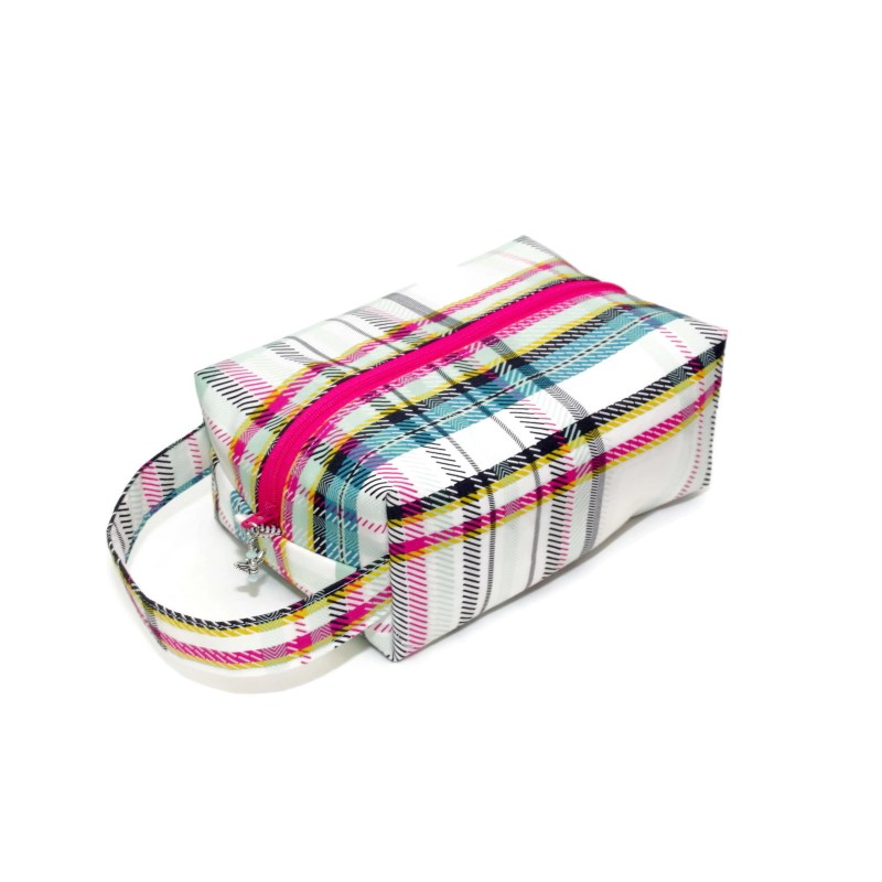 Strawberry Plaid - Regular Box StrawberryPlaid-RB