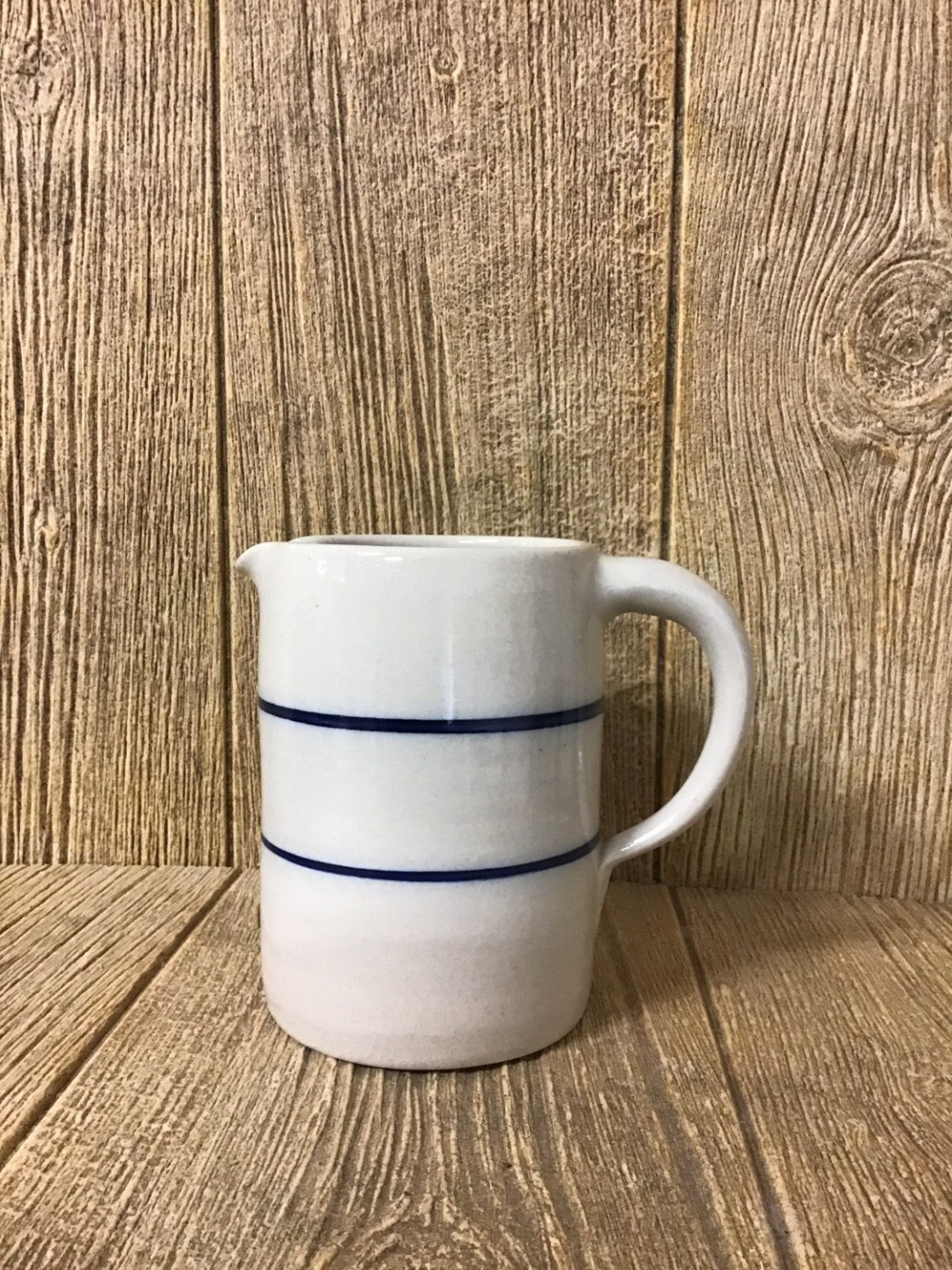 1/4 Gallon Straight side Pitcher
