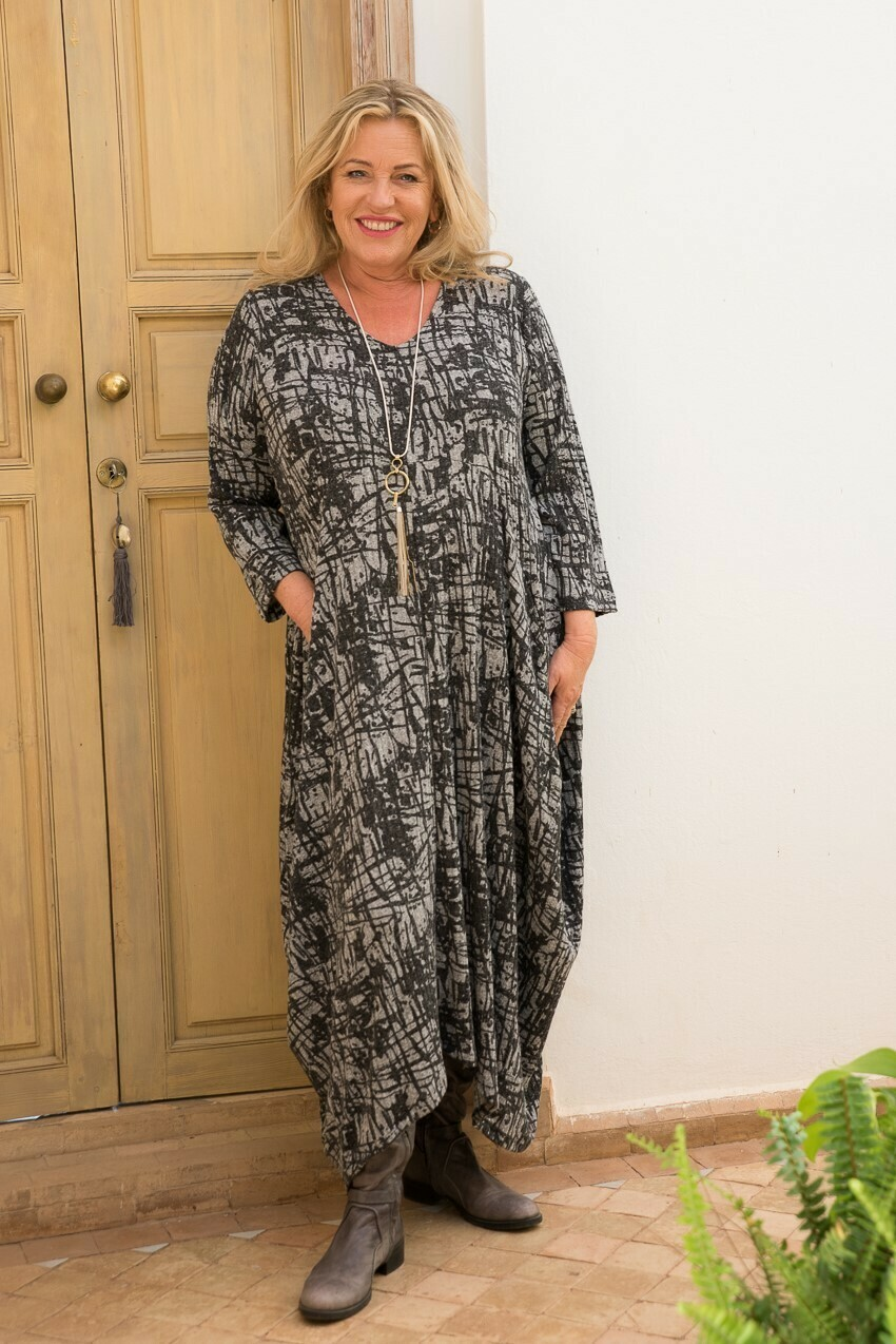 Raya-  Ribbed Jersey Black Harem Dress