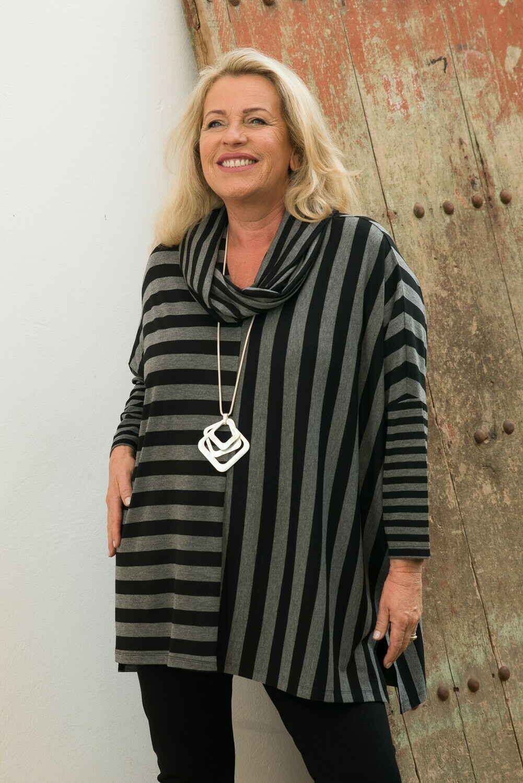 Tanisha - V-Neck Jersey Stripe Top