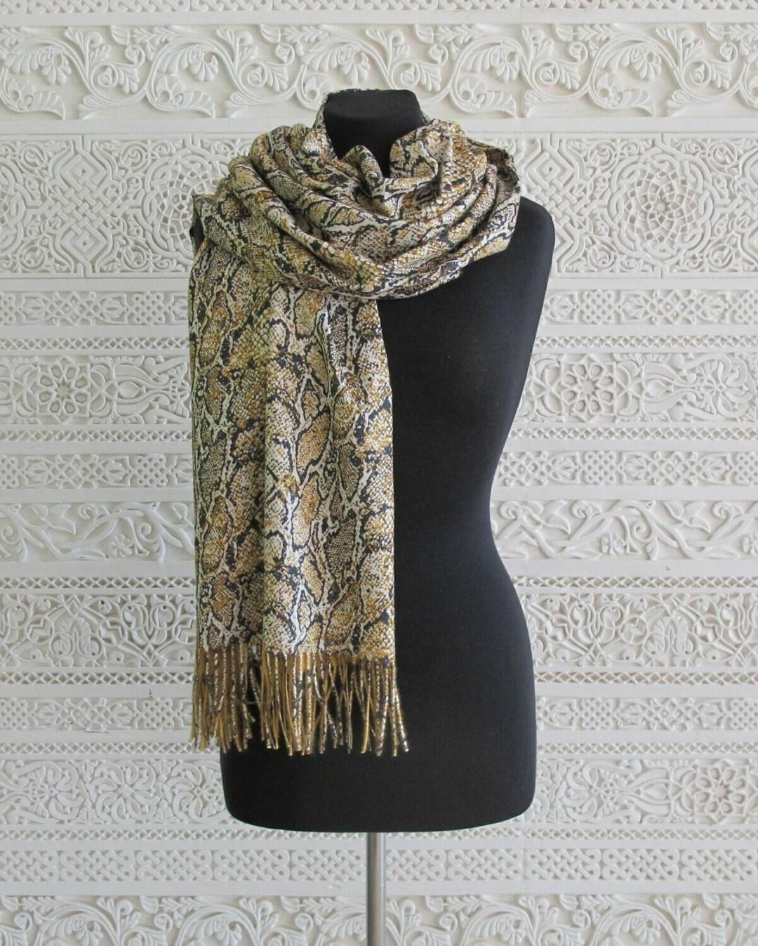 Savita - Cashmere Blend Snake Print Wrap
