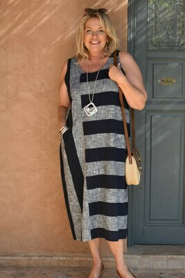 Rafia - Sleeveless Linen bold stripe dress