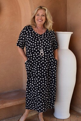 Romaana - Short sleeved spotted bubble dress with pockets.