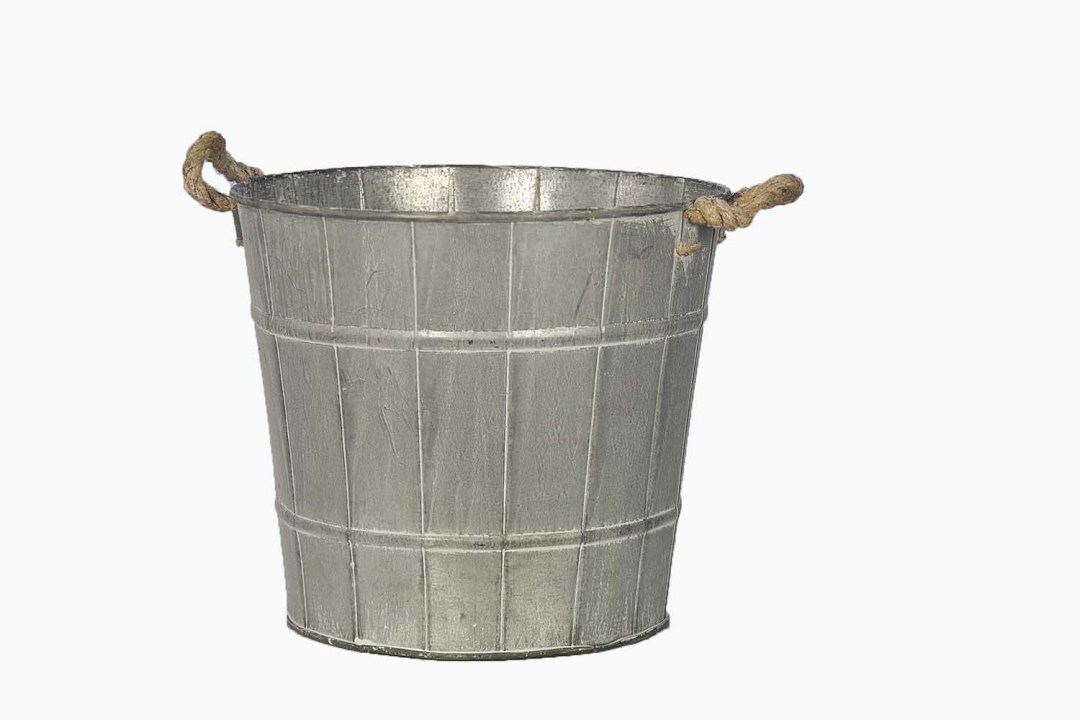 """MTL5002-9 - 9"""" Wide X 8.5 Deep Country Wash Tin With Rope Handle MTL5002-9"""