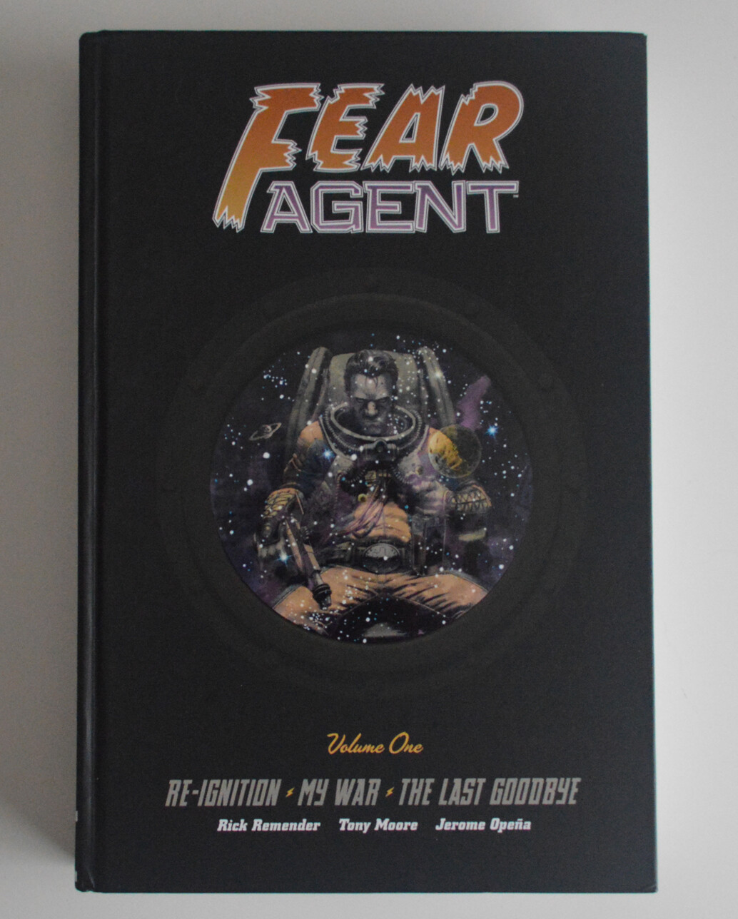 Fear Agent Library Edition VOL 1