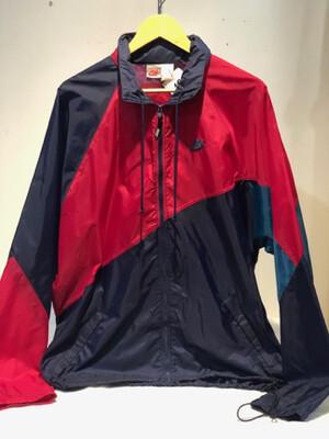 Vintage Men's Nike Windbreaker with Hood