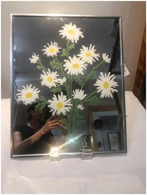Vintage Daisy Mirror Wall Decor