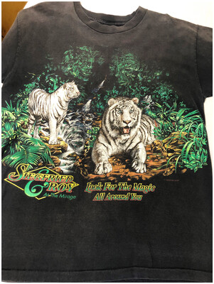 Vintage Siegfried & Roy Look For The Magic All Around You Tee