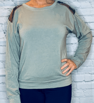 Hard Tail driftwood pullover