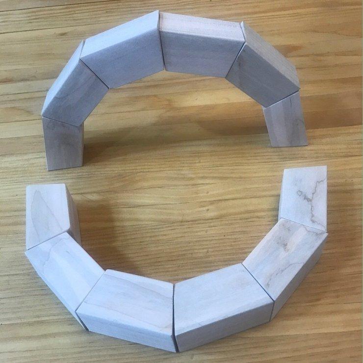 Fifteen Degree Arch Blocks