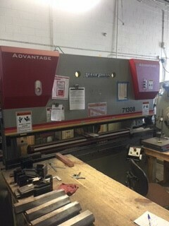 1 - USED 130 TON X 8' ACCURPRESS CNC HYDRAULIC BRAKE