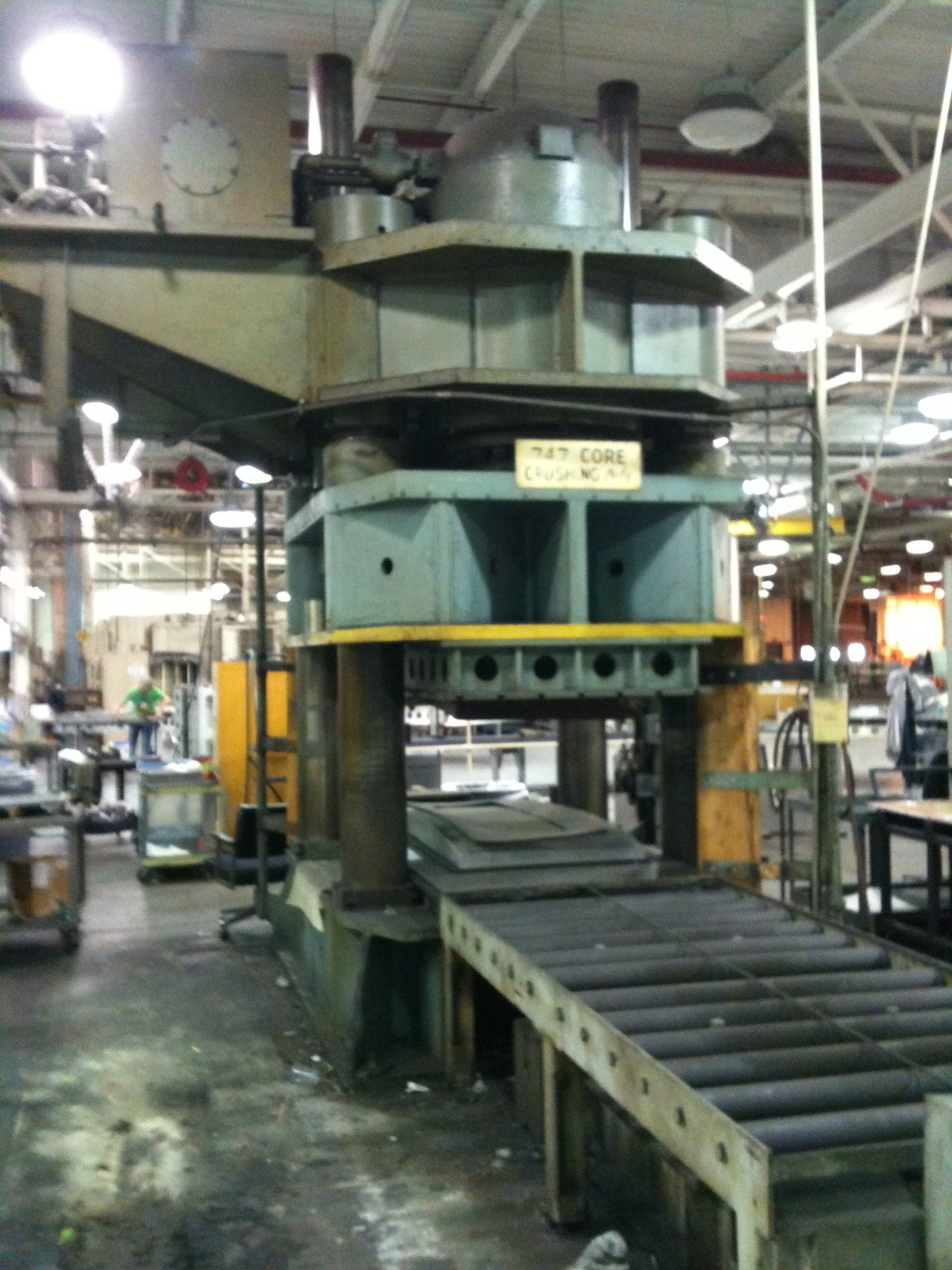1 – USED 2000 TON K.R. WILSON DOWN ACTING HYDRAULIC PRESS C-3829