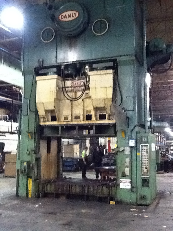 1 - USED 1,000 TON DANLY MECHANICAL TRIPLE ACTION PRESS C-3652
