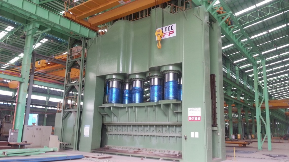 1 - USED 12,000 TON SEOKWANG DOWN ACTING HYDRAULIC PRESS BRAKE