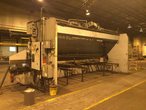1 - USED 30' PACIFIC 400 TON HYDRAULIC PRESS BRAKE