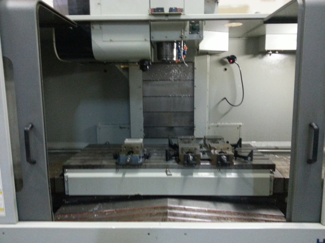 1 – USED HYUNDIA VX-650/40 VERTICAL MACHINING CENTER