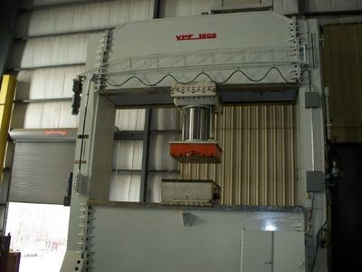 1 - USED 1000 TON URSVIKEN PORTAL HYDRAULIC PRESS