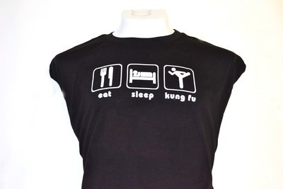 Playera  eat sleep kung fu negra.