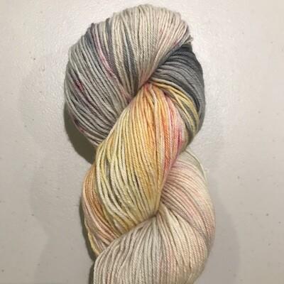 YARN - SW Merino/Cashmere/Nylon Fingering - 80/10/10 - 100g