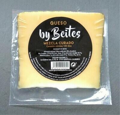 Queso Mezcla Curado, cuña de 250 g. - Gourmet by Beites
