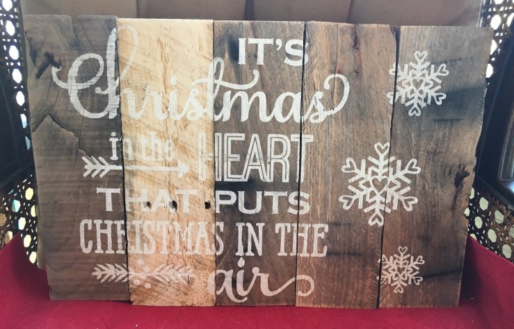Pallet Sign - Christmas in the heart