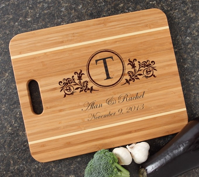 Personalized Cutting Board Engraved 15x12 Handle DESIGN 15 CBA-015