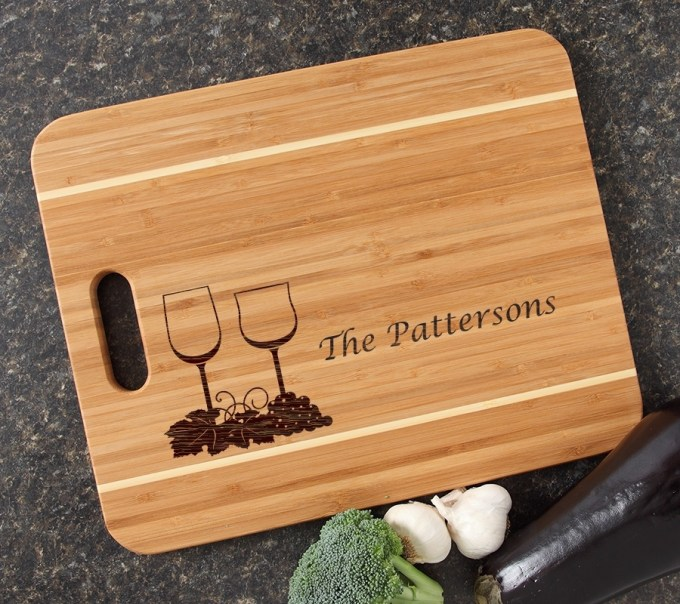 Personalized Cutting Board Engraved 15x12 Handle DESIGN 5 CBA-005